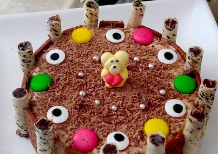 Ice Cream Cake: No Bake, No-Cook Cake