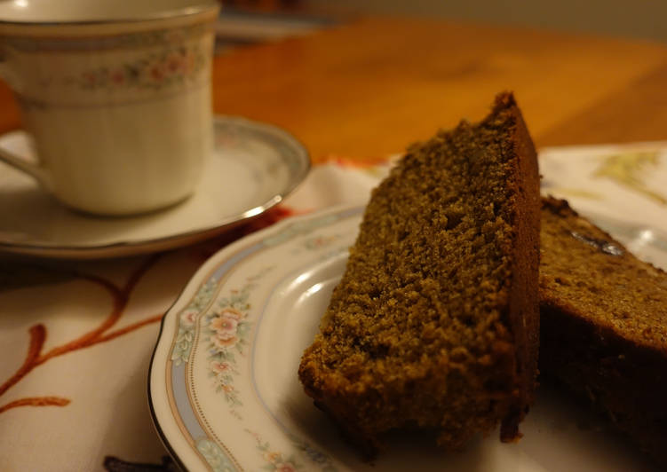 Dates and nuts cake (Eggless)