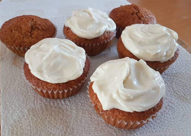 Recipe of Award-winning Vanilla Cupcakes with Cream Cheese frosting