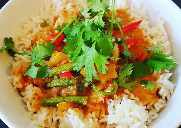 Thai red chicken curry #helpfulcook
