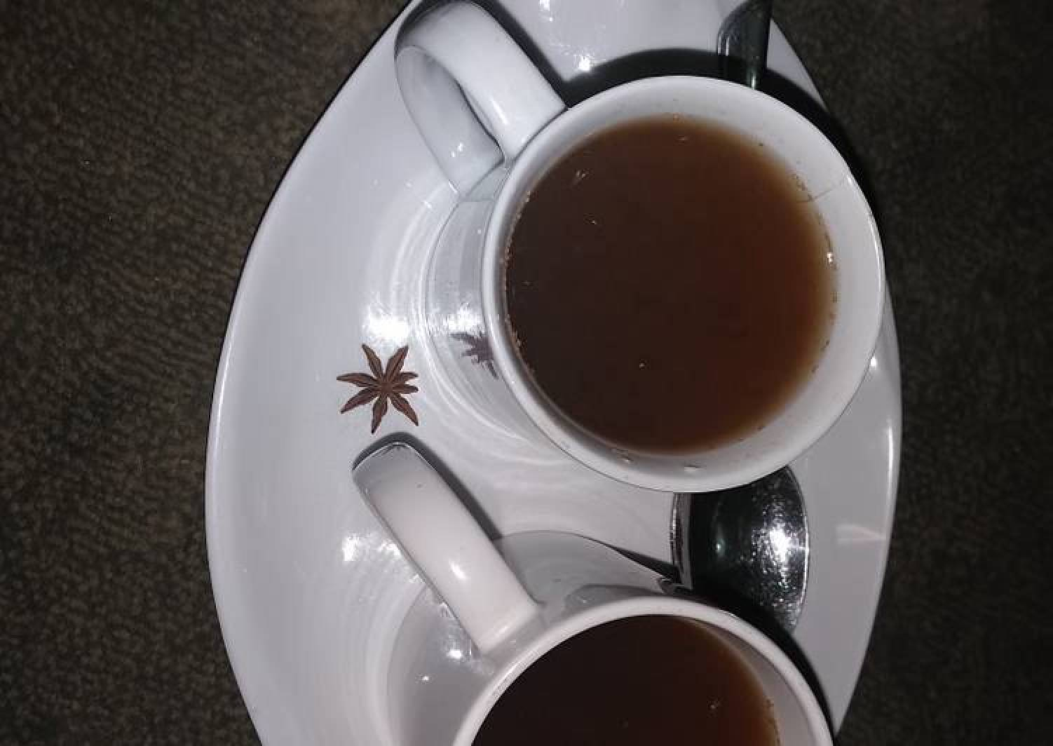 Star anise and cinnamon tea