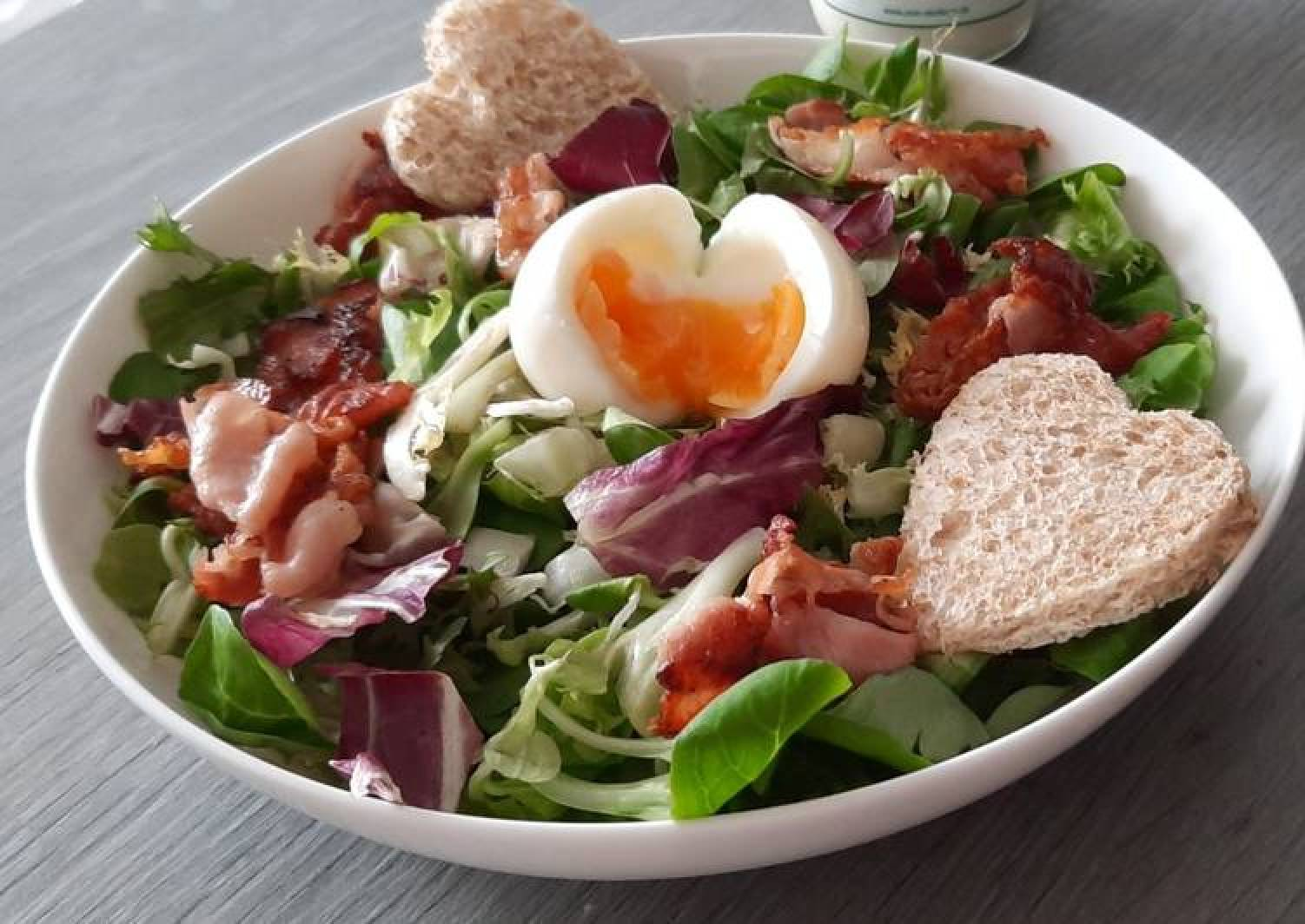 Lunch field salad