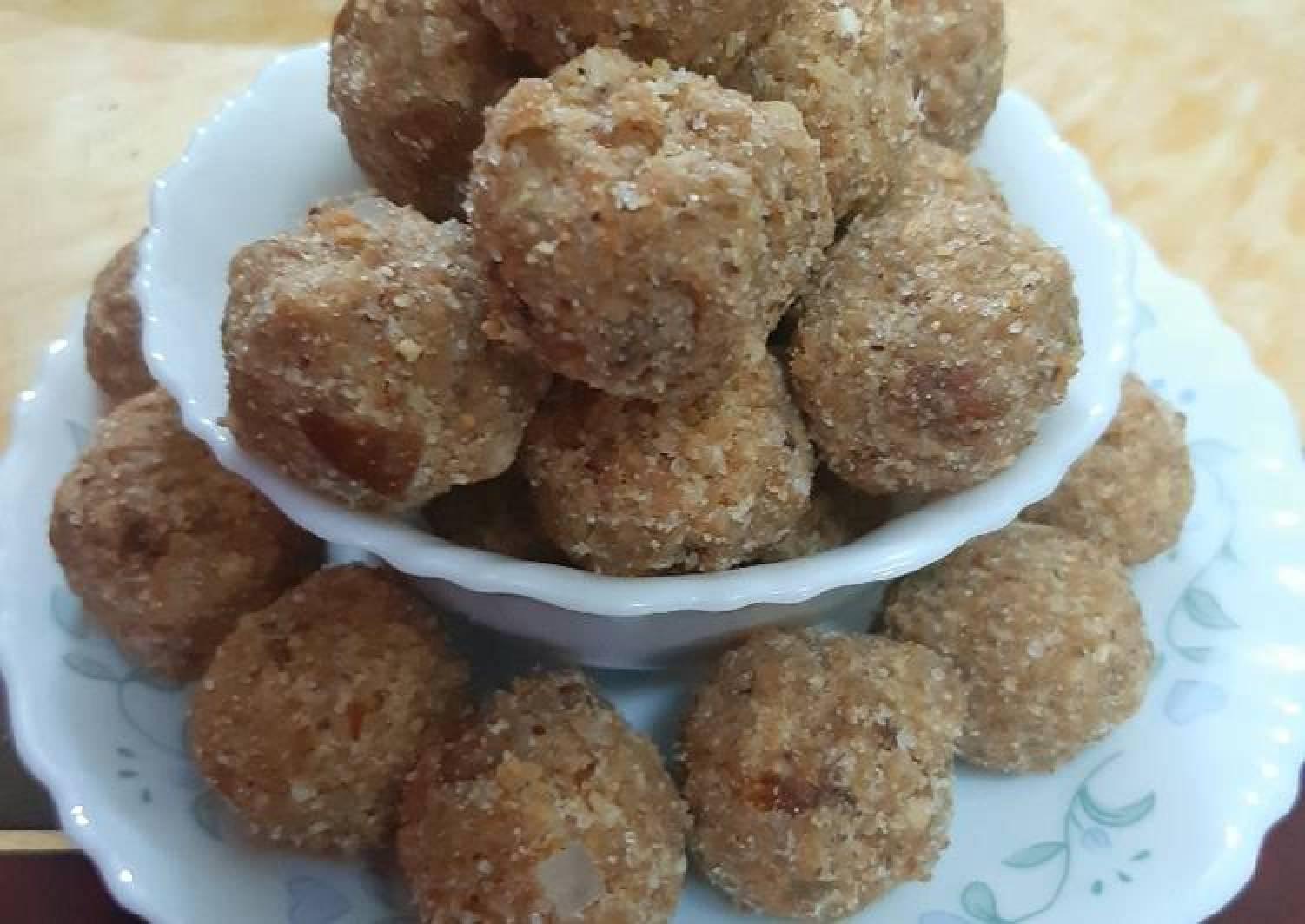 Menthi Ladoo Fenugreek seeds
