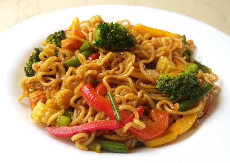 How to Prepare Super Quick Homemade Stir fry veggie noodles