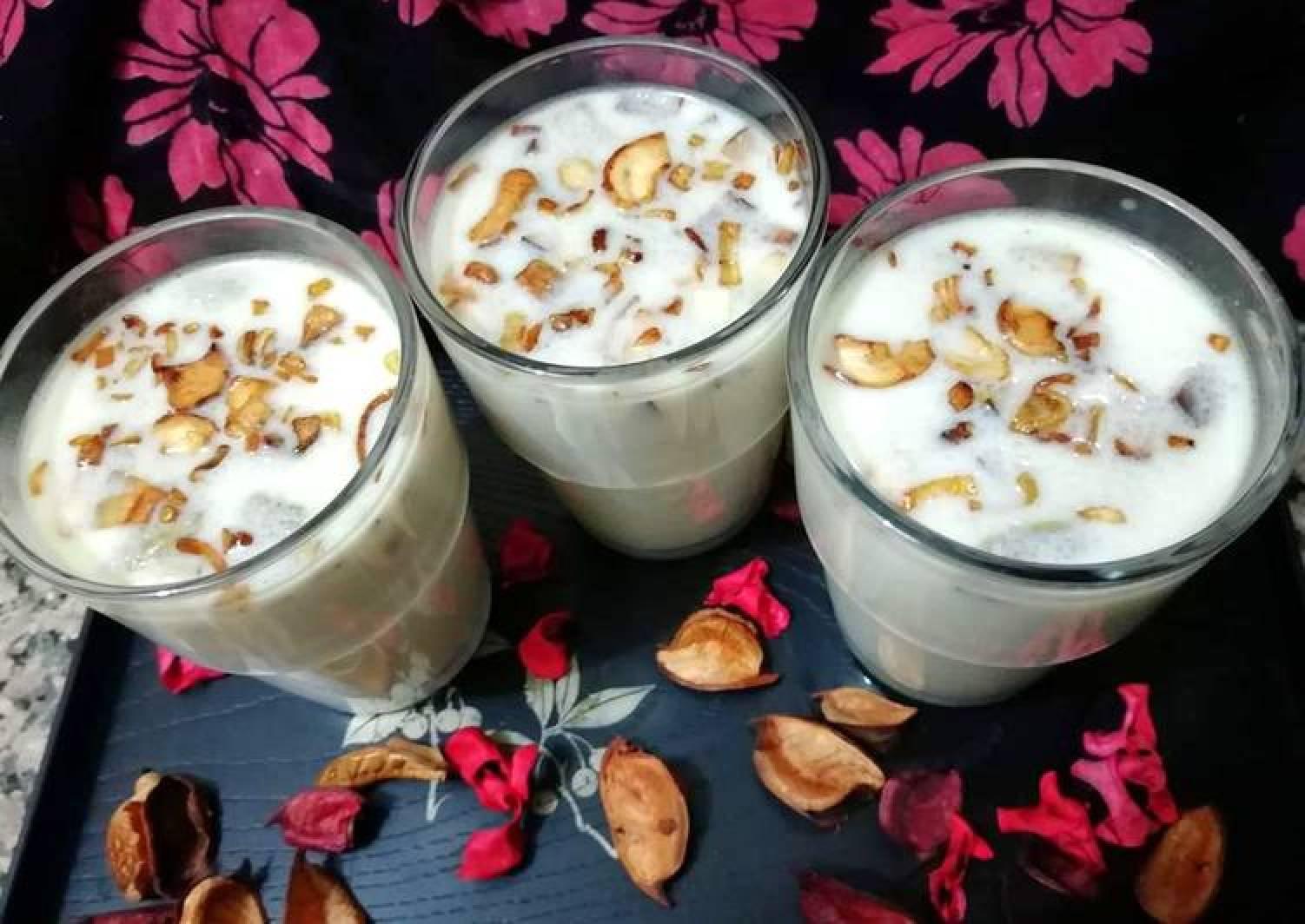 Semolina drink (thari kanji)