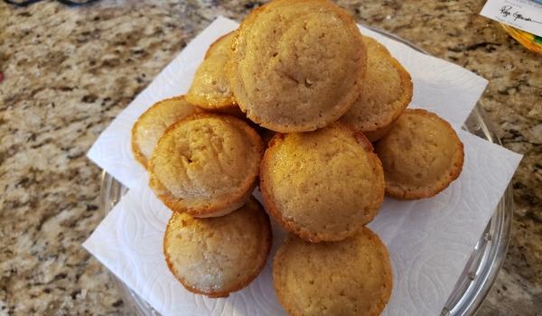 Cinnamon Honey Cakes