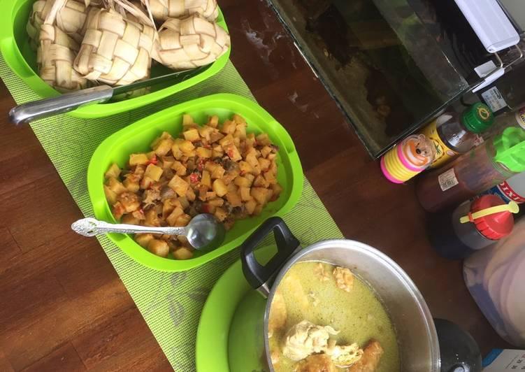 Opor Ayam Tahu Kempong