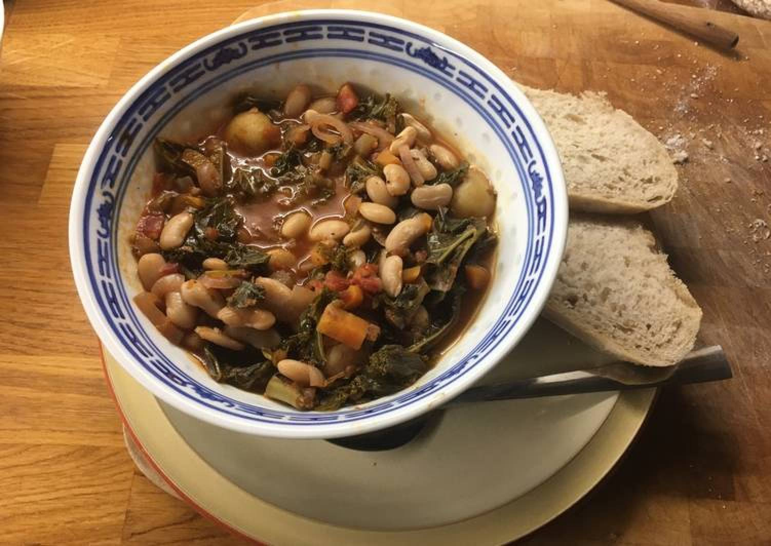 Italian Tomato Stew with Kale and Cannelini beans
