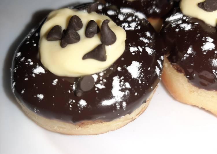 Creamy Donuts