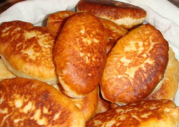 Жареные пирожки с картошкой - пошаговый рецепт с фото ...