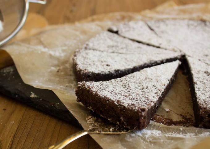 Der einfache Weg Um Preisgekrönte Kladdkaka - schwedischer Schokoladenkuchen zuzubereiten