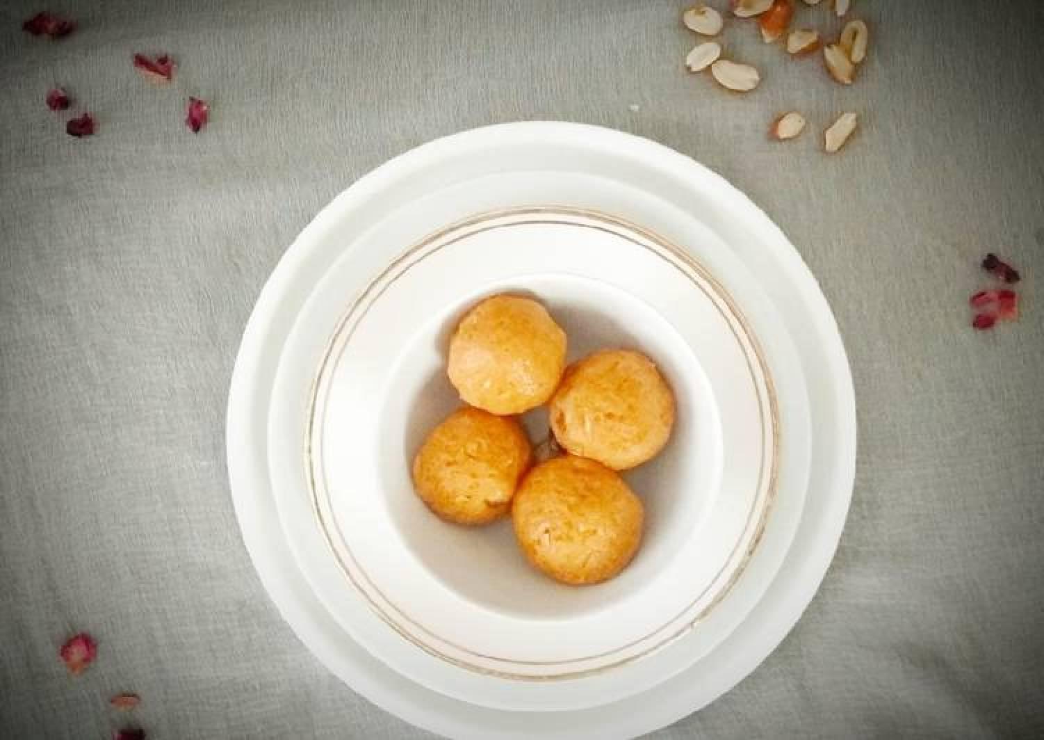 Crunchy Peanut Butter Balls - No Cook/ No Bake