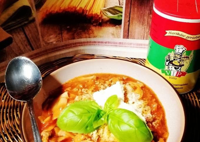 Schritt für Schritt Anleitung Um Hausgemachte Lasagne-Suppe zuzubereiten