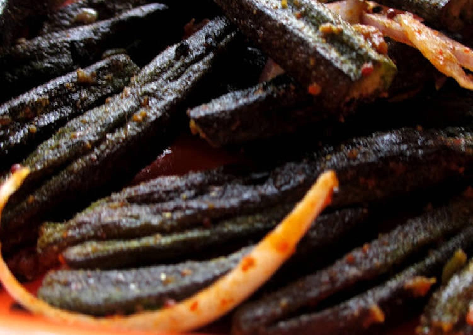 Microwave Kukurit Bhendi - Crunchy Okra in Microwave Step By Step Recipe