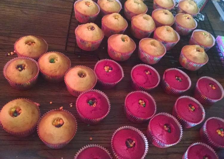 Steps to Make Super Quick Homemade Pinata Cupcakes