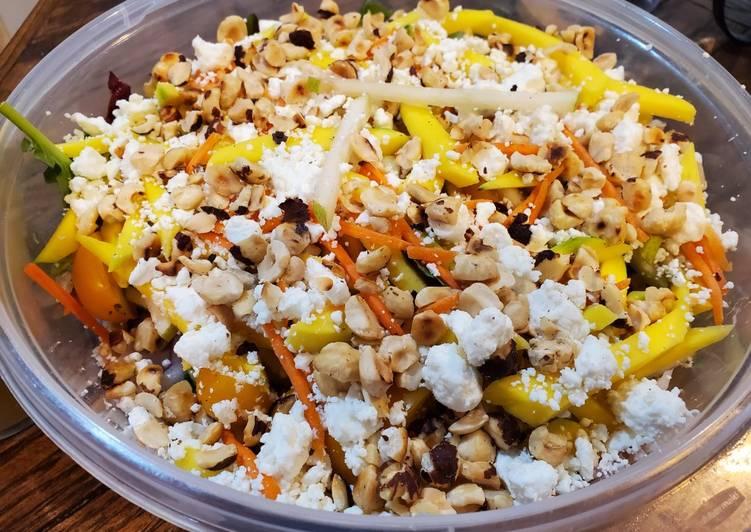 Mango & Pear summer salad