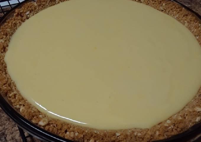 Steps to Prepare Tasty Creamy Lemon Pie