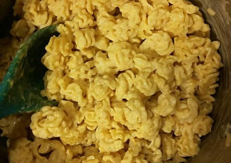 Easy Stove Top Mac n Cheese