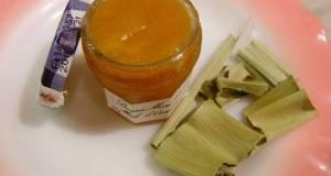 Homemade Kaya Jam with Pandan Leaves