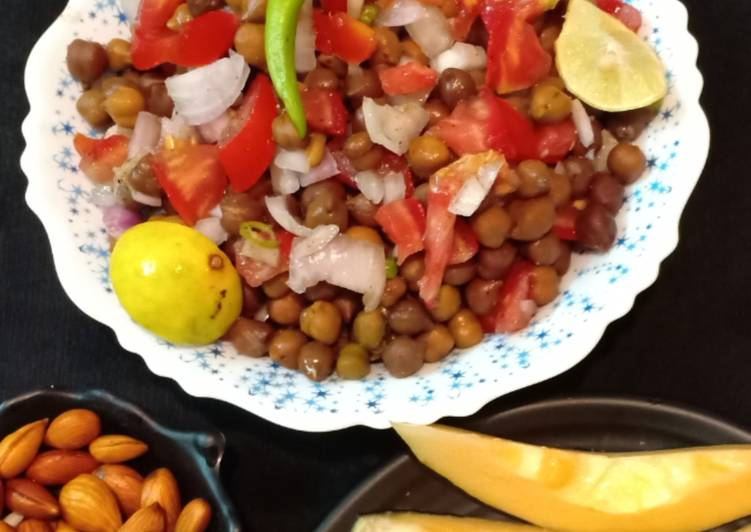 Step-by-Step Guide to Make Super Quick Homemade Chana Chaat