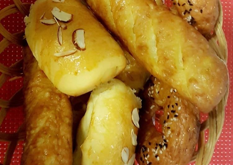 Pretzels,Bagels and almond Buns with 1 dough