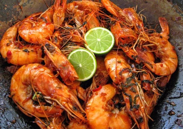 Sweet & Spicy Thai-Inspired Peel & Eat Shrimp for 2