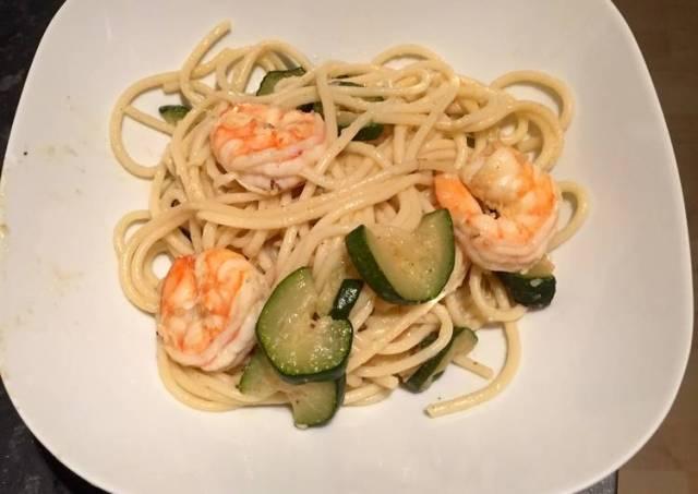 Prawn and courgette spaghetti
