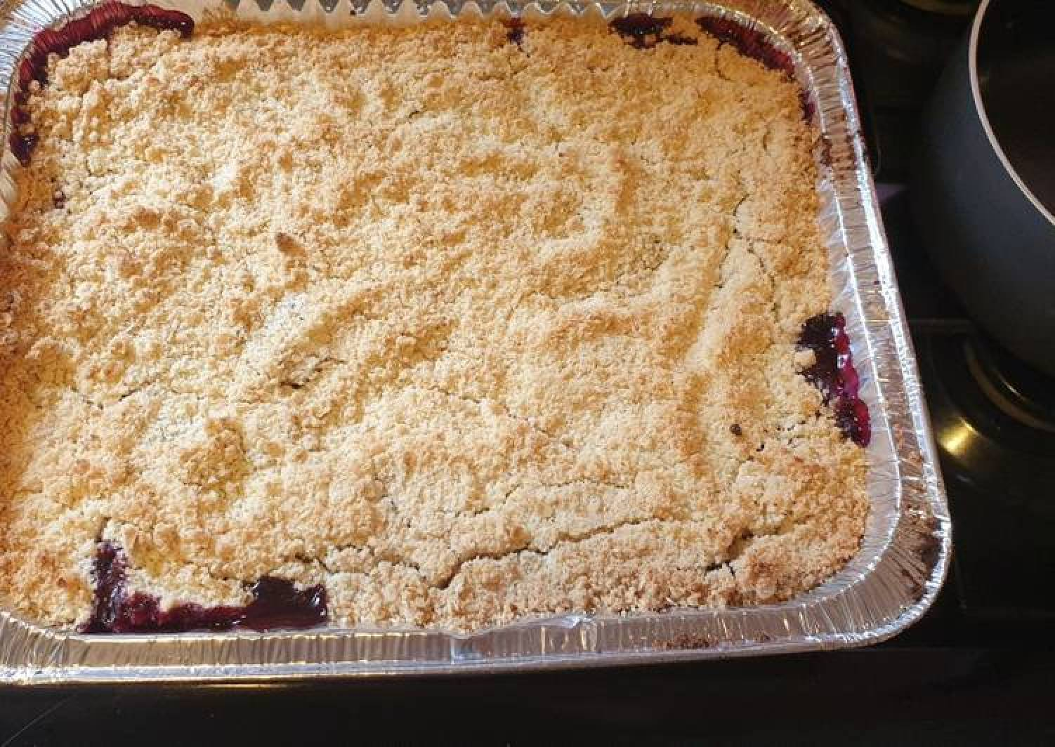 Blackberry and apple 🍎 crumble