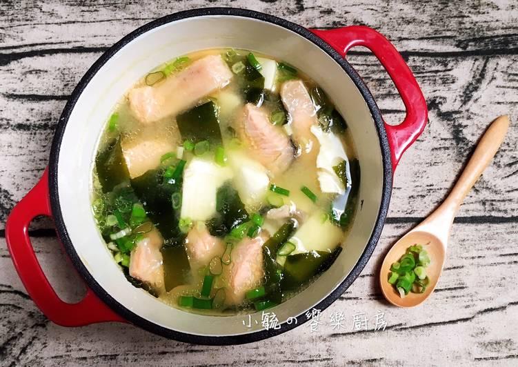 小毓の饗樂廚房 發表的 鮭魚豆腐味噌湯 食譜 - Cookpad