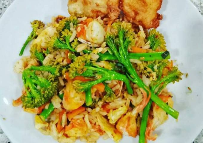 Seafood Fried Rice with Veggies