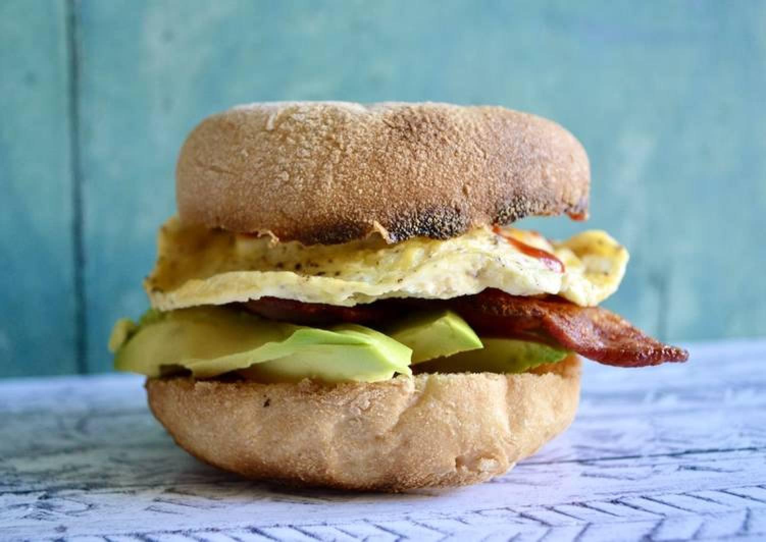 Sriracha Egg Bagels w/ Bacon & Avo
