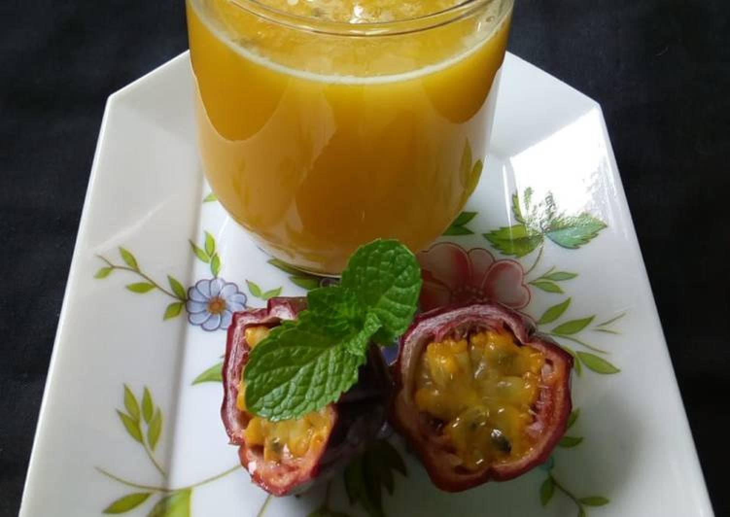 Fresh Passion Fruit juice #photographychallenge