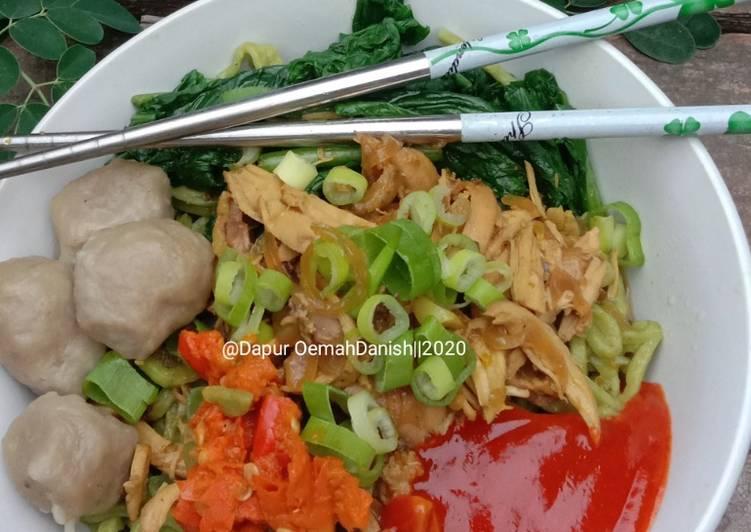 Mie Ayam Solo Daun Kelor Homemade