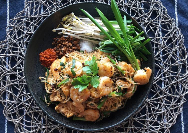 How to Make Pad Thai with Glass Noodles  Pad Thai Sauce Recipe