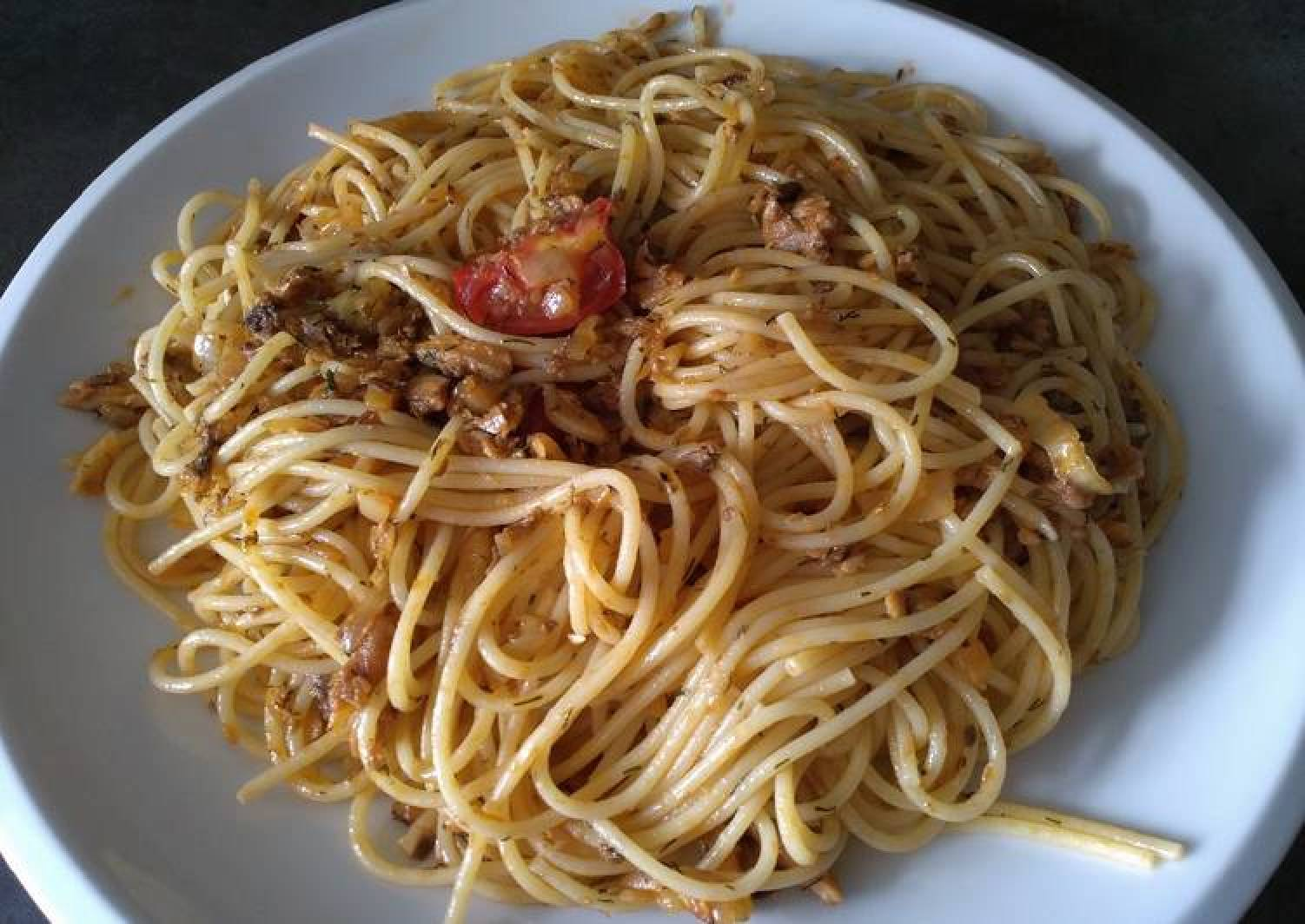 Spaghetti with Sardine and Dill