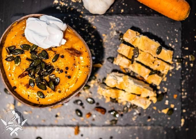 Rezept Um Hausgemachte Saskias Kürbis-Suppe- Vegan zuzubereiten