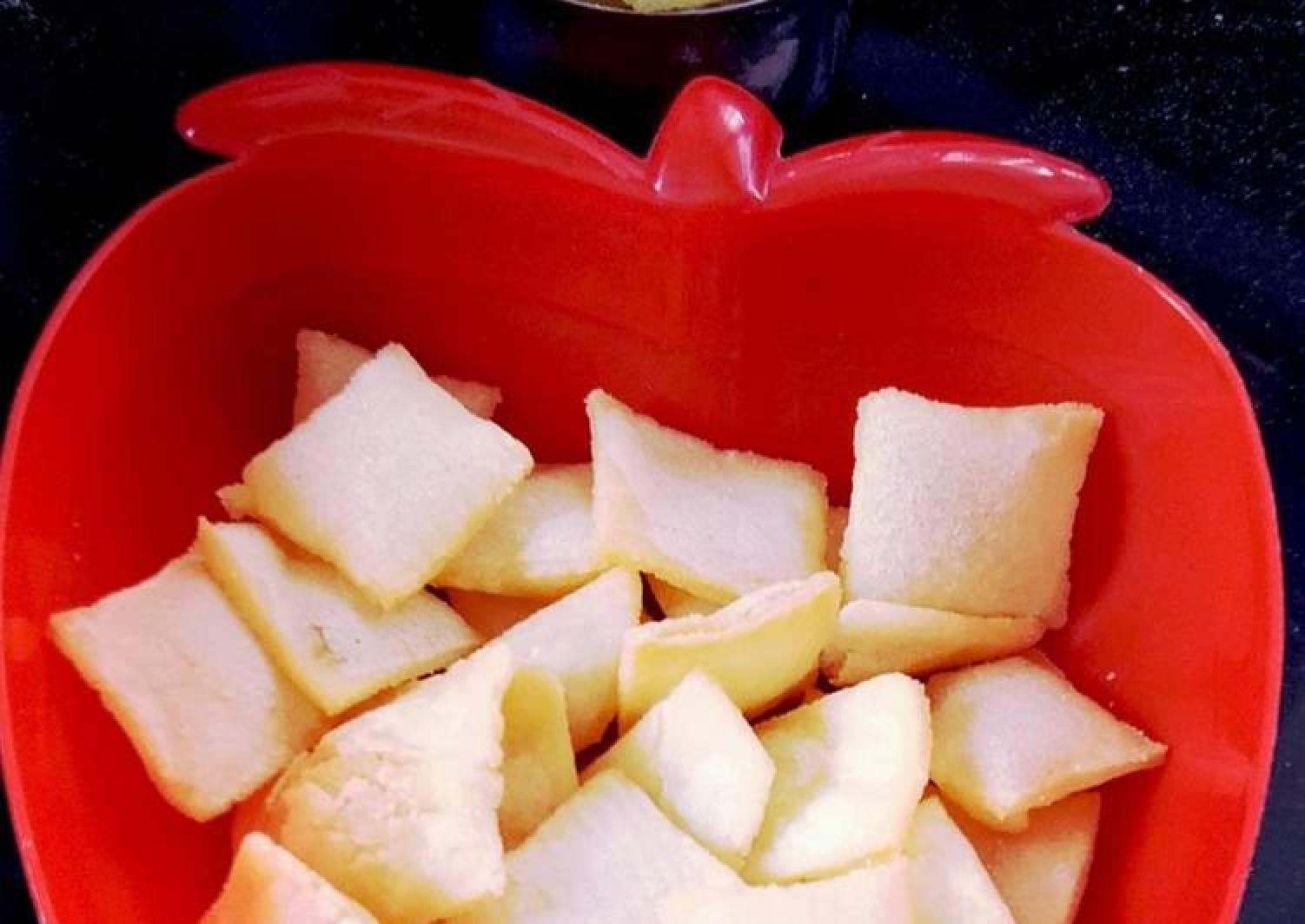 Crispy Rice Flour Snacks