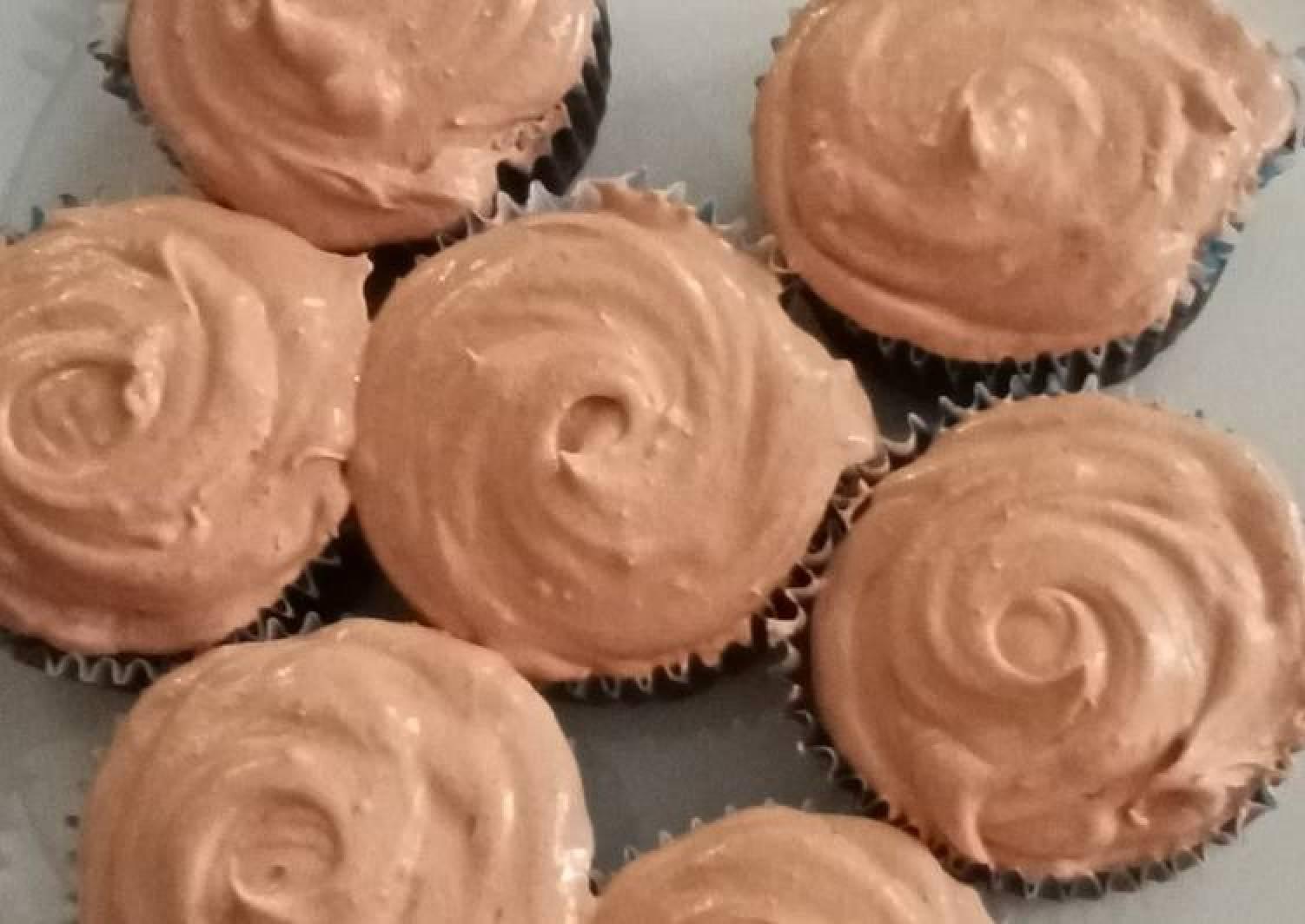 Simple chocolate cupcake