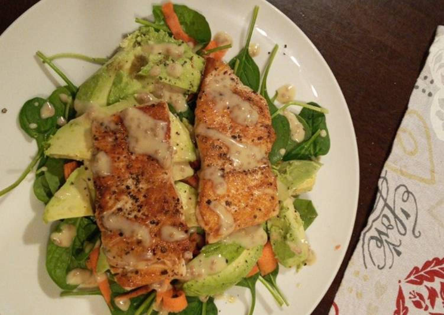 Pan fried salmon and avocado salad