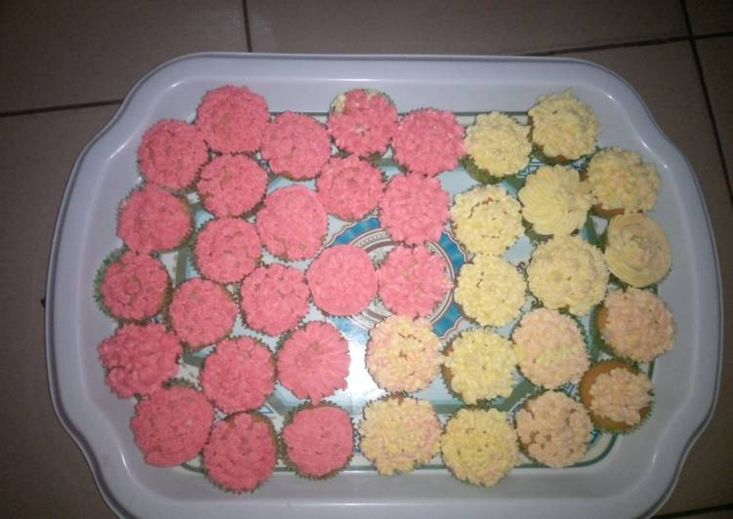 Cup cake with buttered icing