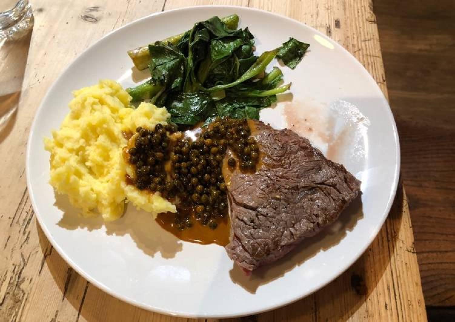 Bristol Steak, mash, spinach & asparagus