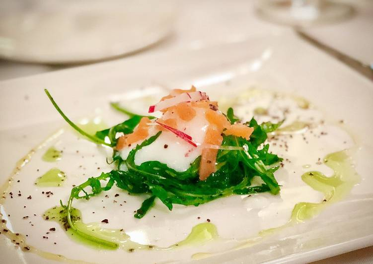 65ºC / 149ºF slow cooked egg with salmon rocket salad