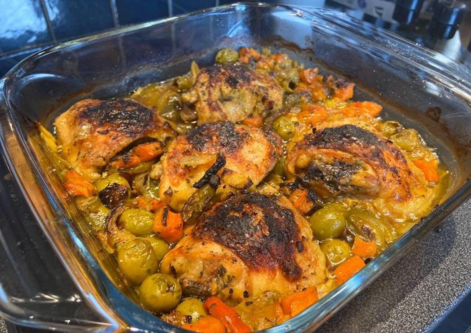 Morrocan style chicken Tajine SO GOOOD!