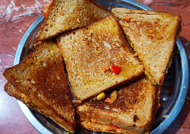 How to Make Award-winning Schezwan Toast sandwich