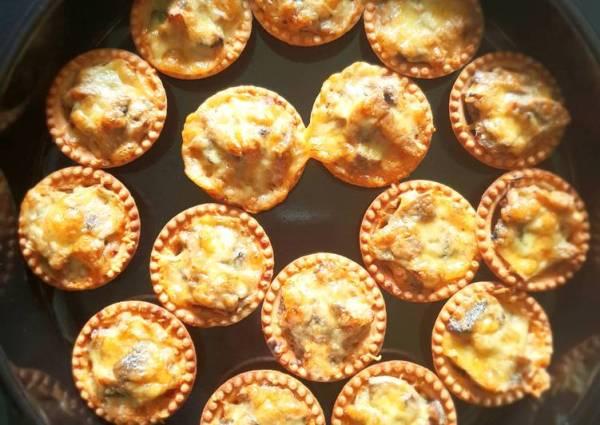 Тарталетки с мясом и грибами - пошаговый рецепт с фото ...