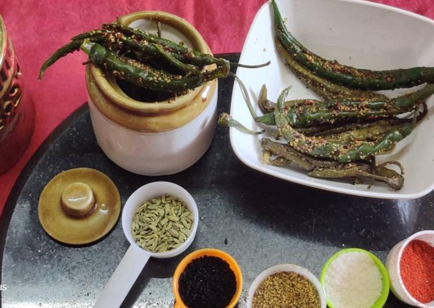 Instant green chilli pickle