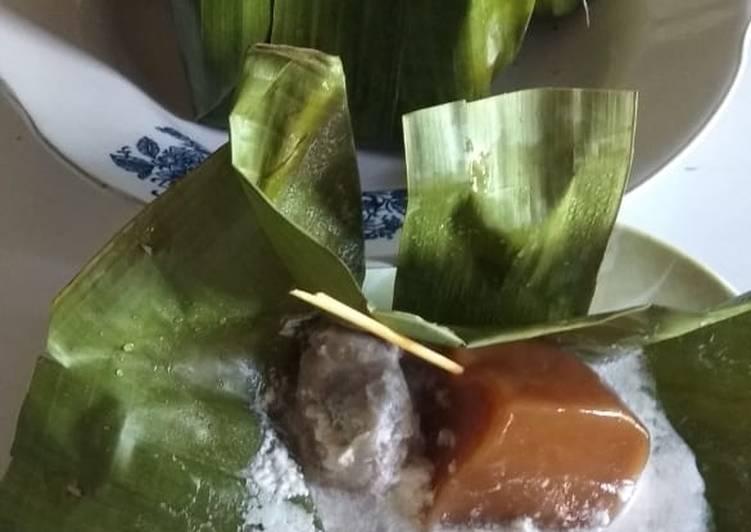 Kue Kranjang Saus Durian