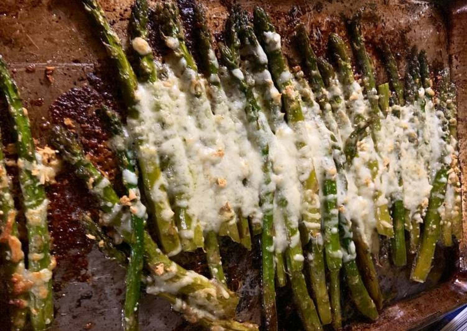 Roasted Asparagus with Mozzarella cheese- Keto approves