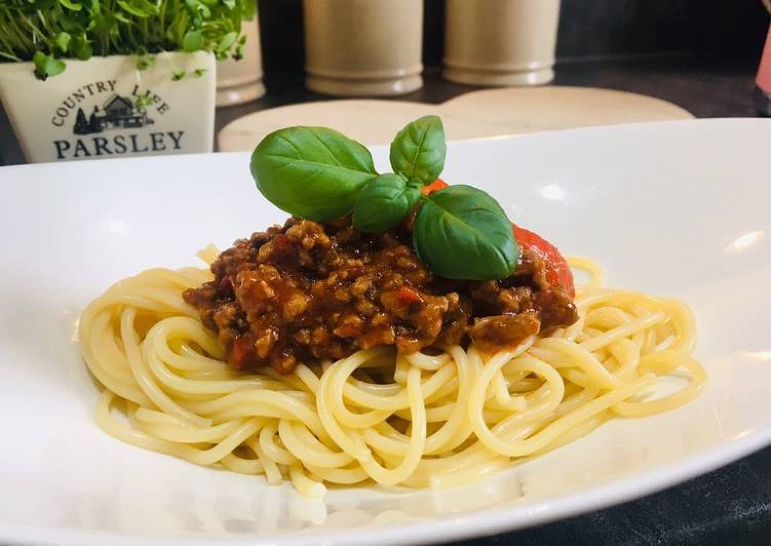 Easiest Way To Make Speedy Spaghetti Bolognese The Tasty Dinner