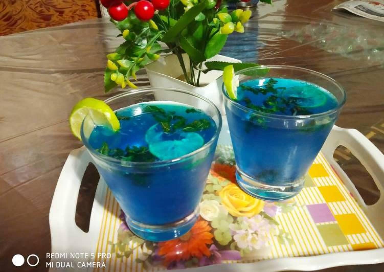 Blue Lagoon Mocktail
